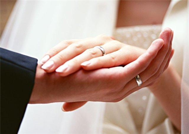 v-kakom-vozraste-sleduet-vstupat-v-brak