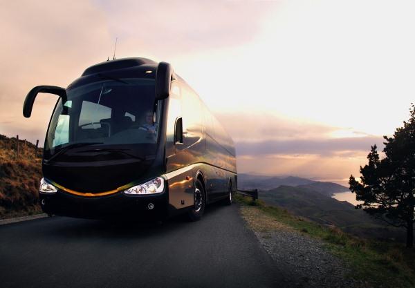 Dostoinstva-avtobusnyh-turov