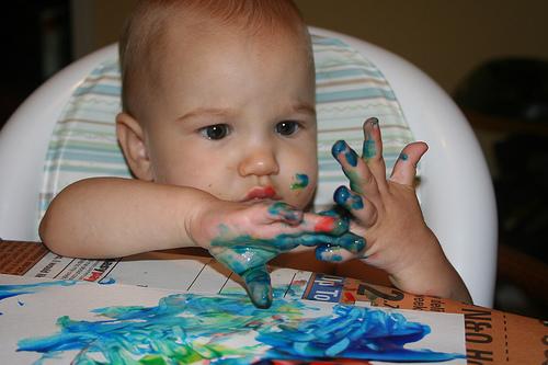 Пальчиковые краски для малышей до года своими руками 10
