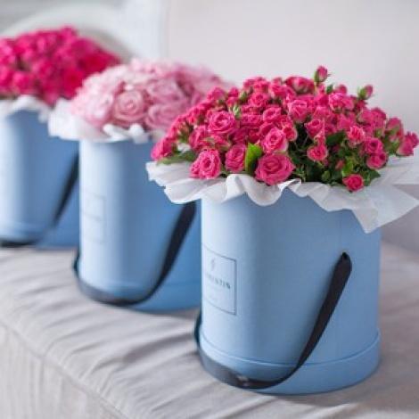 Цветы в шляпных коробках сделать своими руками
