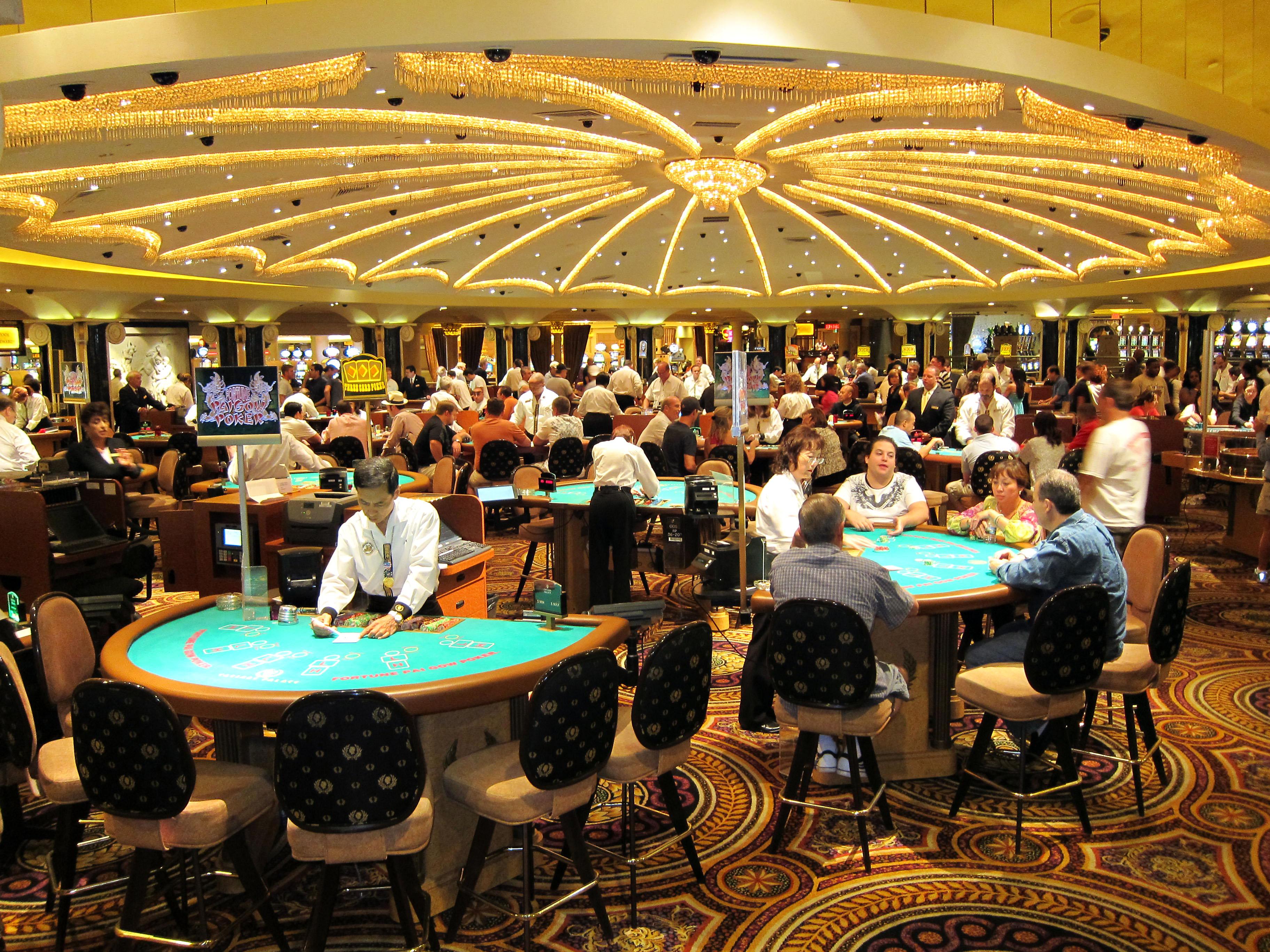 казино цезарь онлайн